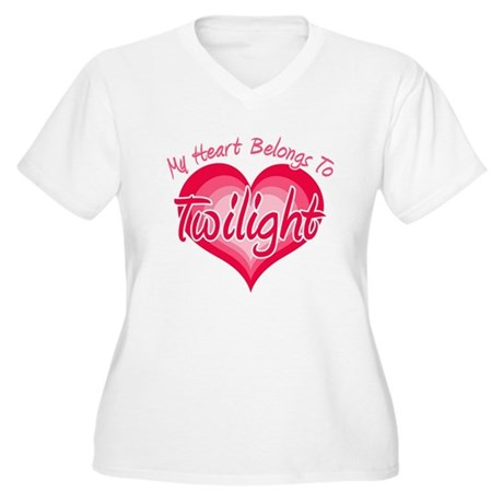 Heart Belongs Twilight Women's Plus Size V-Neck T-