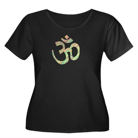 Om symbol Women's Plus Size Scoop Neck Dark T-Shir