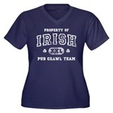 'Vintage' Pub Crawl Team Women's Plus Size V-Neck