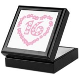Sweet 16 Daisy Heart Keepsake Box