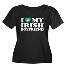 I Love My Irish Boyfriend Women's Plus Size Scoop