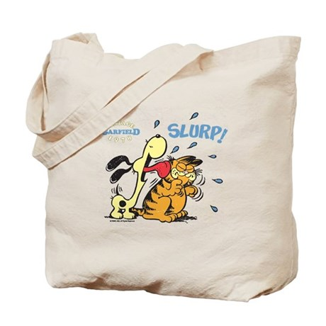 Odie loves Garfield Tote Bag
