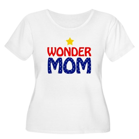 Wonder Mom Women's Plus Size Scoop Neck T-Shirt