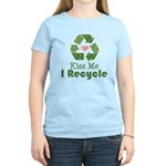 Kiss Me I Recyle Women's Light T-Shirt