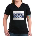 everett rocks Women's V-Neck Dark T-Shirt