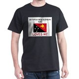 My PAPUA NEW GUINEAN DAD Loves Me T-Shirt