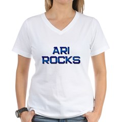 ari rocks Women's V-Neck T-Shirt