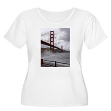 foggy golden gate T-Shirt