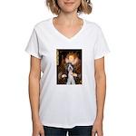 Queen / Beardie #6 Women's V-Neck T-Shirt