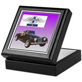 """Morgan +8"" Keepsake Box"