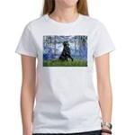 Lilies / Flat Coated Retrieve Women's T-Shirt