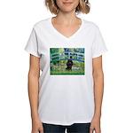 Bridge / Poodle (Black) Women's V-Neck T-Shirt