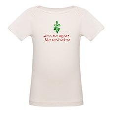 Kiss me under the mistletoe Organic Baby T-Shirt