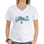 New Grandma Women's V-Neck T-Shirt