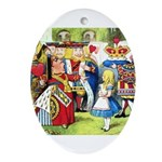 ALICE & THE QUEEN OF HEARTS Oval Ornament