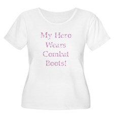 Funny My mom wears combat boots T-Shirt