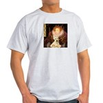 Queen / Scottie (w) Light T-Shirt