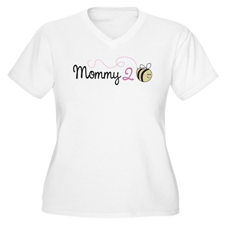 Mommy To Bee Women's Plus Size V-Neck T-Shirt