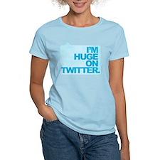 I'm Huge on Twitter. T-Shirt
