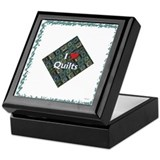 I LOVE QUILTS Green Keepsake Box