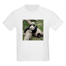 Mom & Baby Giant Pandas Kids Light T-Shirt