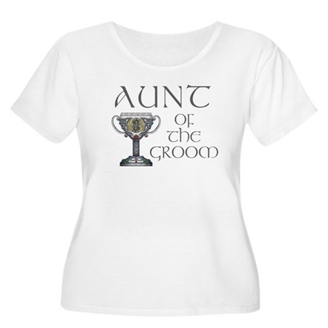 Celtic Aunt of Groom Women's Plus Size Scoop Neck