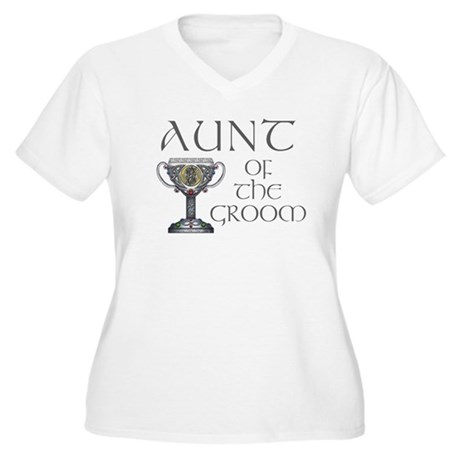 Celtic Aunt of Groom Women's Plus Size V-Neck T-Sh