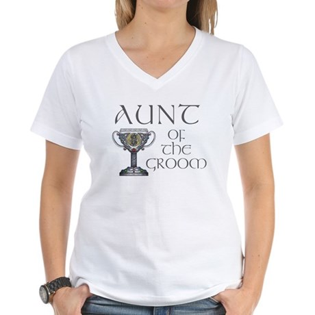 Celtic Aunt of Groom Women's V-Neck T-Shirt