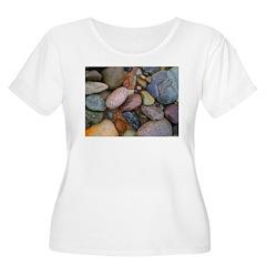 Beach Stones Women's Plus Size Scoop Neck T-Shirt