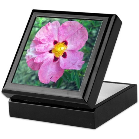 Spot Flower Keepsake Box