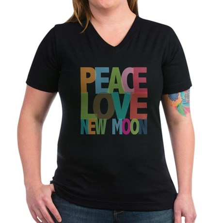 Peace Love New Moon Women's V-Neck Dark T-Shirt