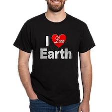 I Love Earth (Front) Black T-Shirt