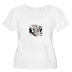 Dusk Women's Plus Size Scoop Neck T-Shirt