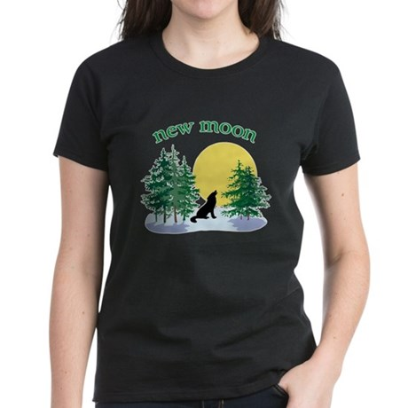 New Moon Howl Women's Dark T-Shirt