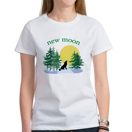 New Moon Howl Women's T-Shirt