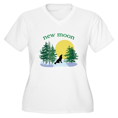 New Moon Howl Women's Plus Size V-Neck T-Shirt