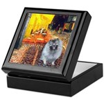 Cafe / Keeshond (F) Keepsake Box