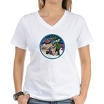 XmasMagic-GShep-2 Cats Women's V-Neck T-Shirt