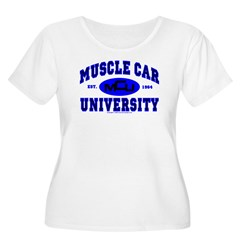 Muscle Car U Women's Plus Size Scoop Neck T-Shirt