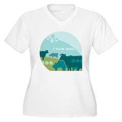 I love Moo Women's Plus Size V-Neck T-Shirt