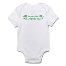 'tis me first St. Patrick's D Infant Bodysuit