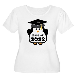 Penguin Class of 2022 Women's Plus Size Scoop Neck