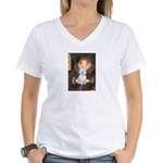 Queen / Maltese (B) Women's V-Neck T-Shirt