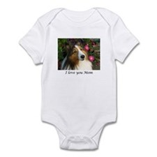 I love you Mom Infant Bodysuit