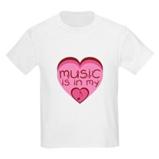 Music is in my heart. T-Shirt