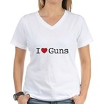 I love guns Women's V-Neck T-Shirt