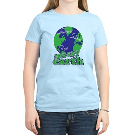 messy earth Women's Light T-Shirt