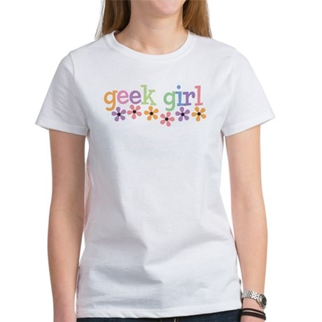 Geek Girl Daisies Women's T-Shirt