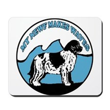 Newfy waves Mousepad