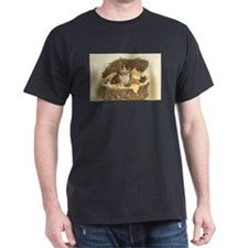 Calico Cat and Kittens in Bas T-Shirt